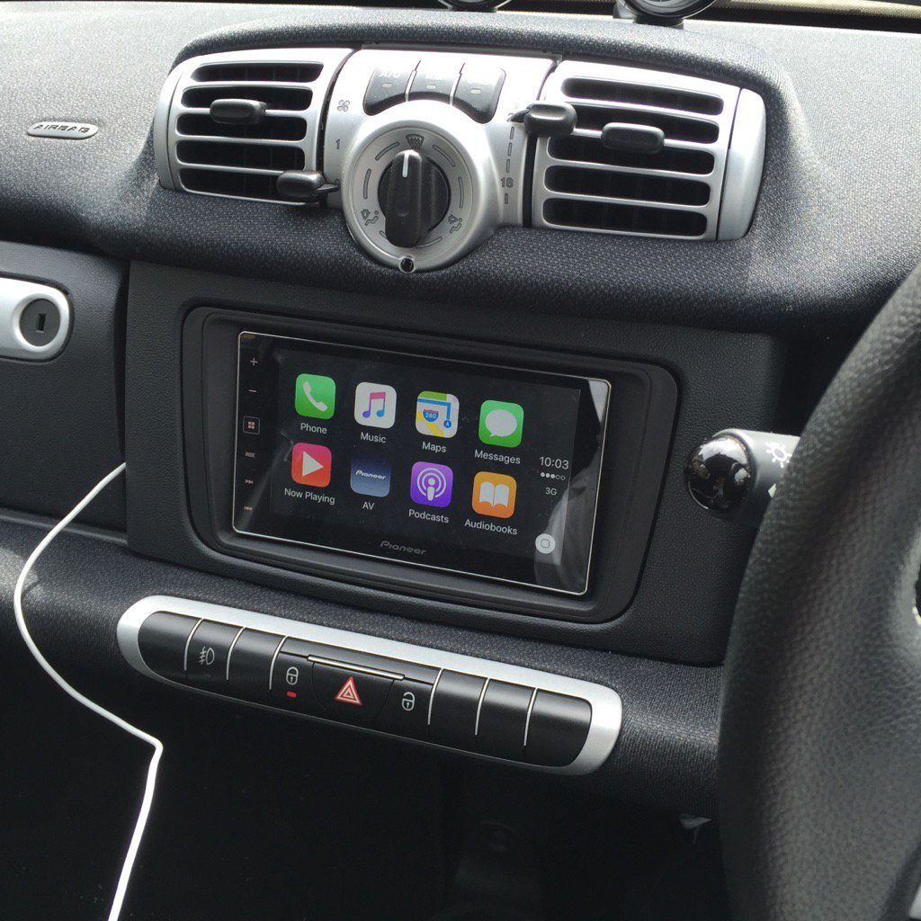 carplay installs pioneer sph da120 in a 2014 smart fortwo. Black Bedroom Furniture Sets. Home Design Ideas