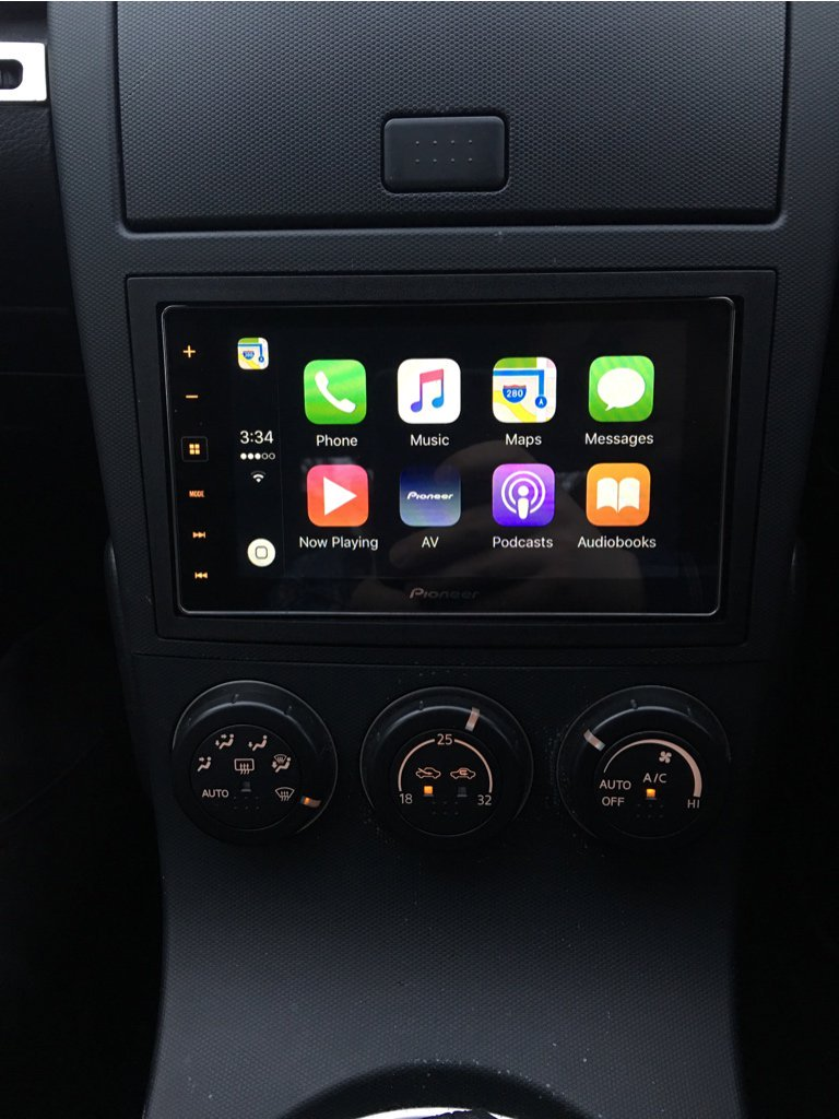 carplay installs pioneer sph da120 in a nissan 350z. Black Bedroom Furniture Sets. Home Design Ideas