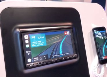 TomTom Demos Its Navigation App Running On Apple CarPlay