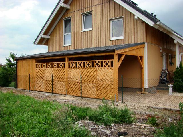 Pultdach Carport mit Sichtschutz - Carports aus Polen