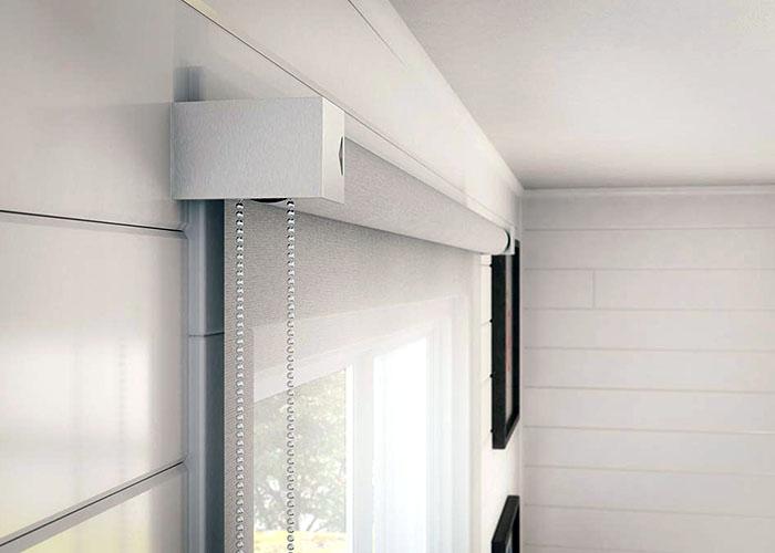 Da fissare a vetro, a parete o a soffitto, a seconda della necessità e del tipo di finestra. Tende A Pacchetto Padova Stili Colori E Tessuti Carraro Casa