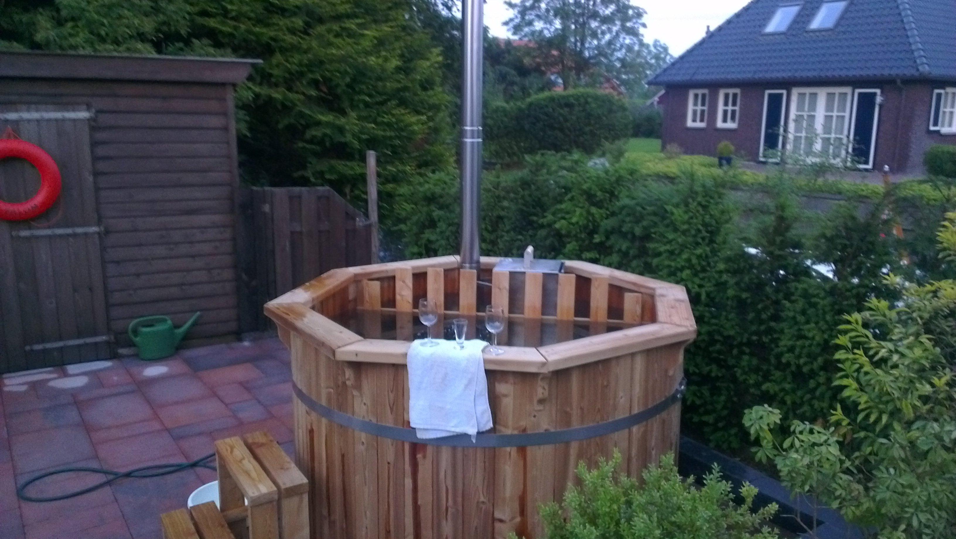 log fired Pine Hot Tub 1.5m