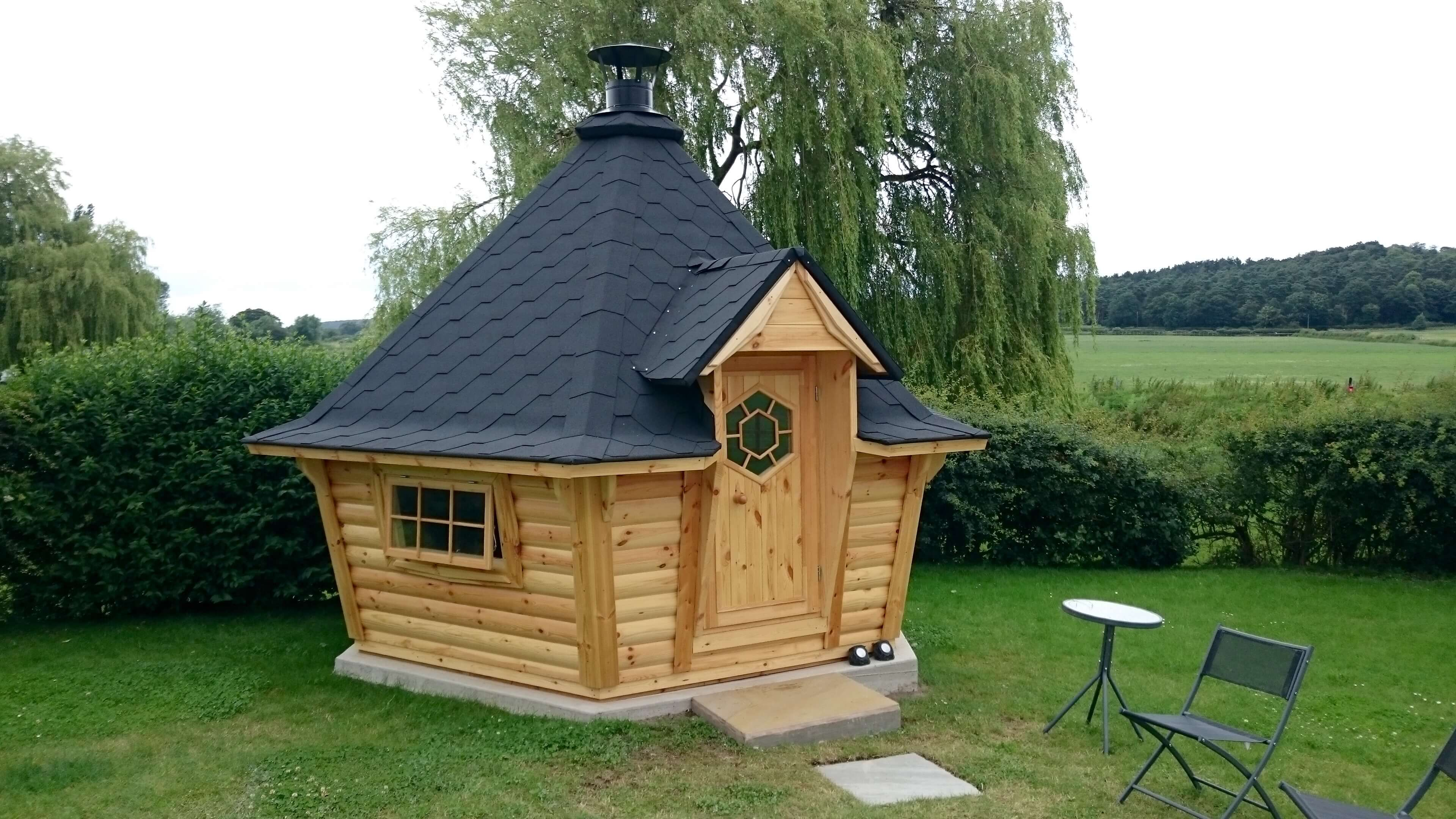 Carr Bank Garden Centre 10m Barbecue Cabin