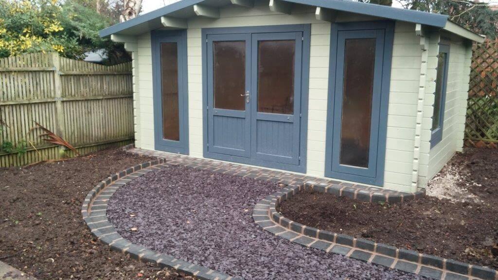Crossley Log Cabin painted full height windows