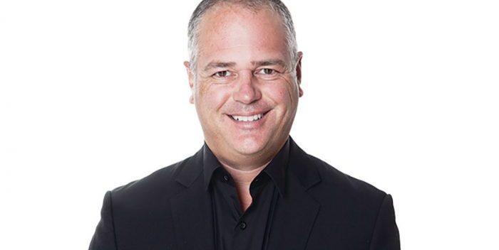 Élections: 20 questions inusitées à Jonatan Julien