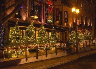 L'ambiance des fêtes est en marche sur l'avenue Maguire