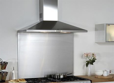 credence cuisine inox fond de hotte inox largeur 60 carrelage mosaique