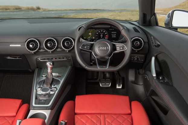 Audi TTS Coupe cabin