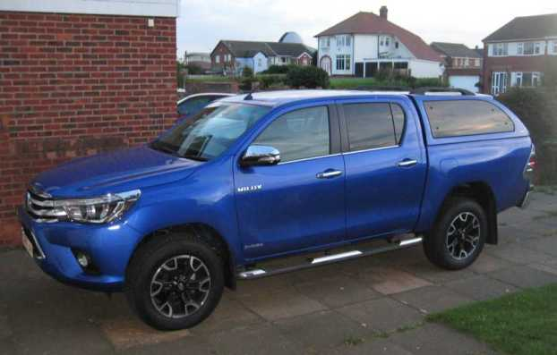 toyhilux2-hires