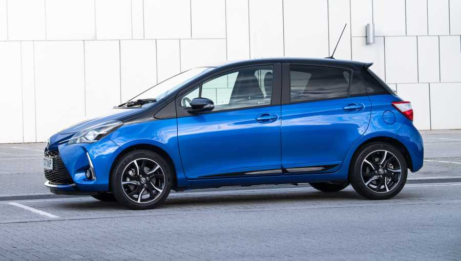 566f6a3d7e Two key features of the latest Yaris are a new 1.5-litre VVT-iE petrol  engine and a UK line-up that includes a fresh trim grade called Bi-tone