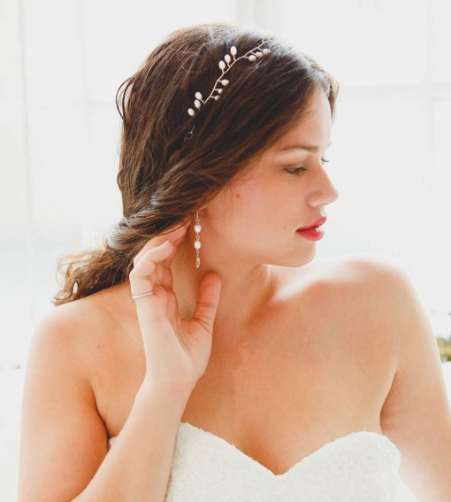 Pearl bridal earrings handmade by Carrie Whelan Designs
