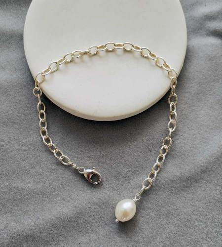 Freshwater pearl accented silver chain bracelet handmade by Carrie Whelan Designs