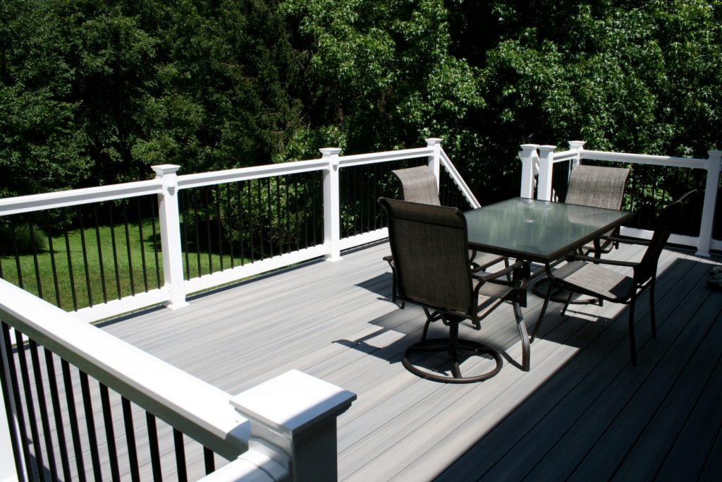 decksscreenedporches_3.jpg?fit=1024%2C683&ssl=1