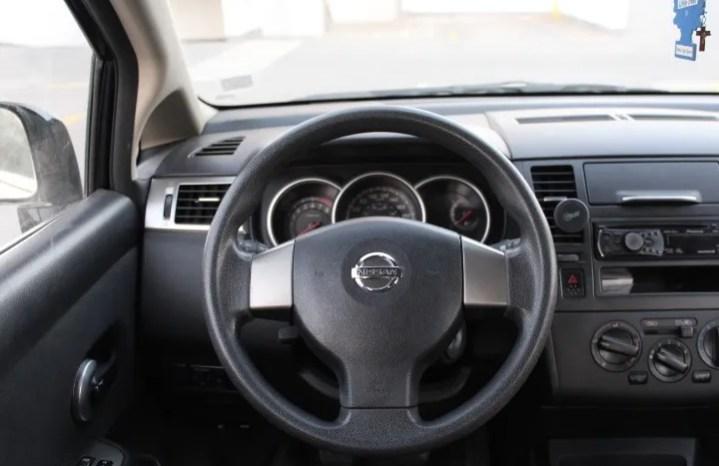 Nissan Tiida 2011 full