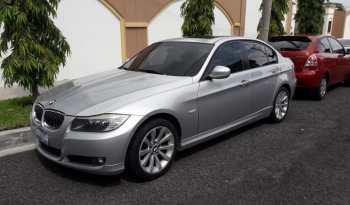BMW 328i 2011 US$7,000.00 precio negociable Millas: 145,429 Color: gris Motor: 1.9L Trasmisión: Automática Aire acondicionado: 100% Audio estero: Fábrica