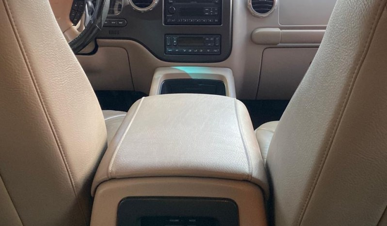 Ford Expedition 2004 full