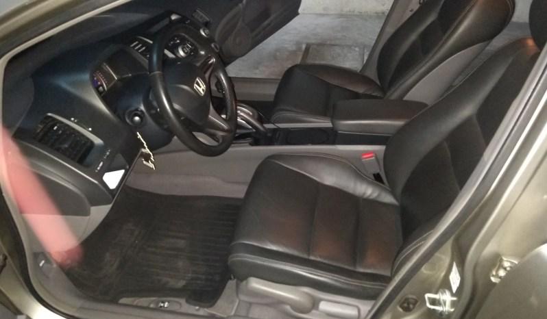 Honda Civic 2009, DE AGENCIA Motor 1.8, 4 cilindros, 72000 km, automático, bolsas de aire, aire acondicionado, asientos de cuero, equipo de audio para CD