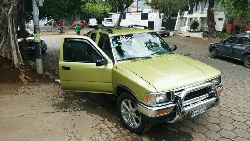 Usados: Toyota Hi-Lux 1993 cabina y media con aire acondicionado lleno