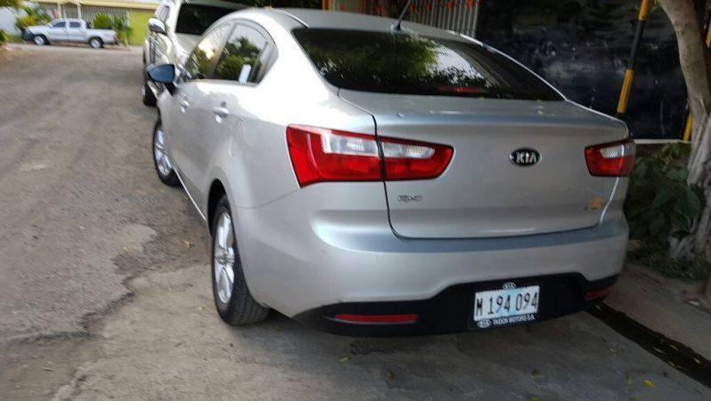 Usados certificados: KIA Rio 2013 en Managua full
