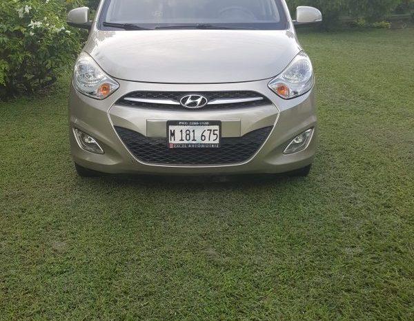 Hyundai i10 2013 usado ubicado en Nindirí, Masaya Hyundai i10 2013 motor a gasolina, transmisión mecánica, 5 pasajeros.