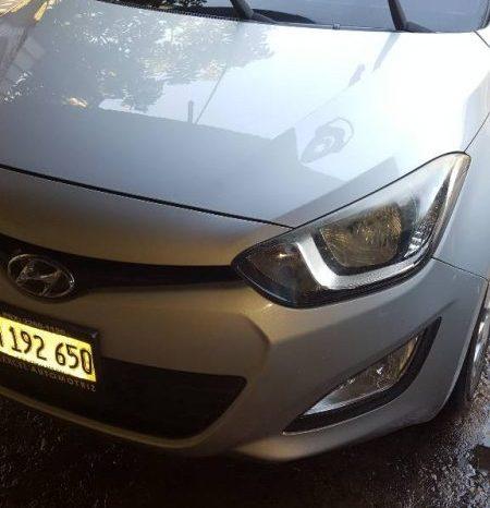 Usados: Hyundai i20 2013 en Managua full