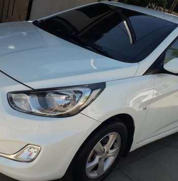 Hyundai Accent 2012. Se vende accent blue 2012 mecánico impecable sin detalles solo de montarse nunca chocado versión full rines de lujo ,115,000 km ,polarizado,