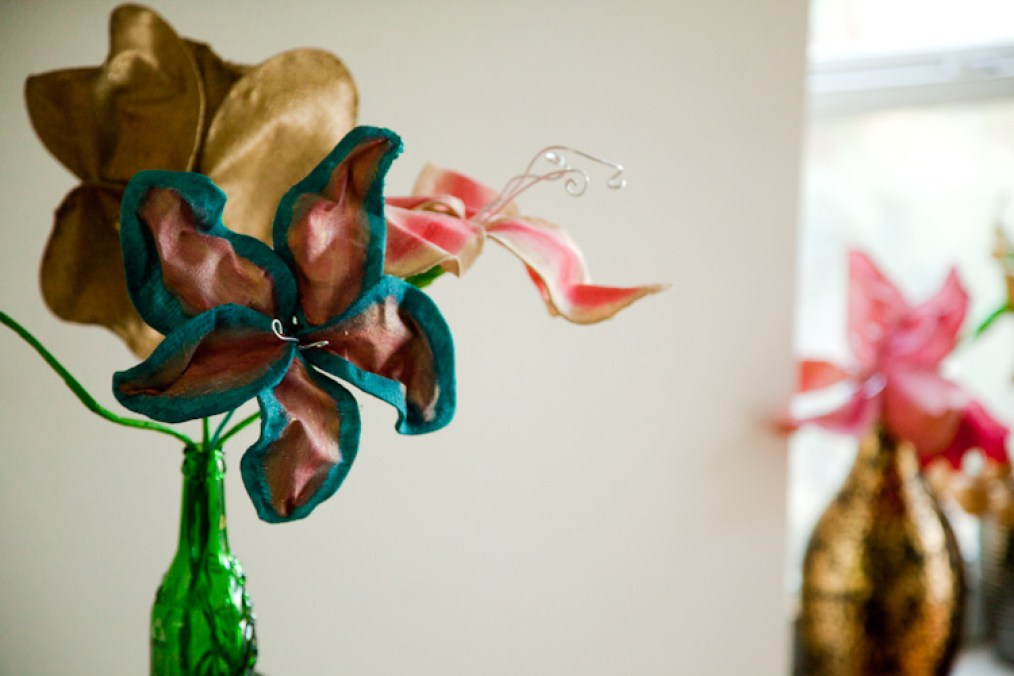 DIY Wire Flower Sculptures