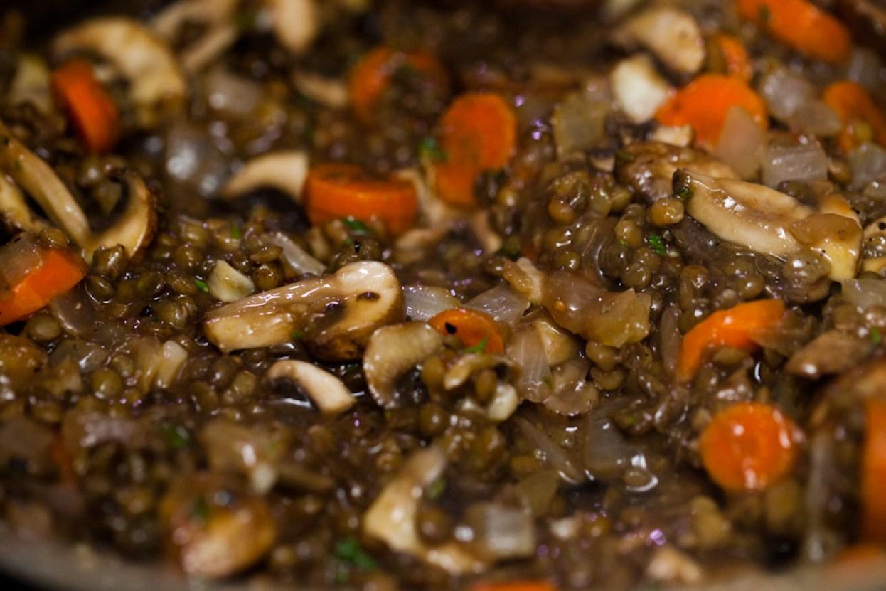 The ULTIMATE vegan comfort food, Portobello Lentil Shepherd's Pie with a rich red wine gravy | Easy vegan dinner recipe | Holiday dinner party recipe