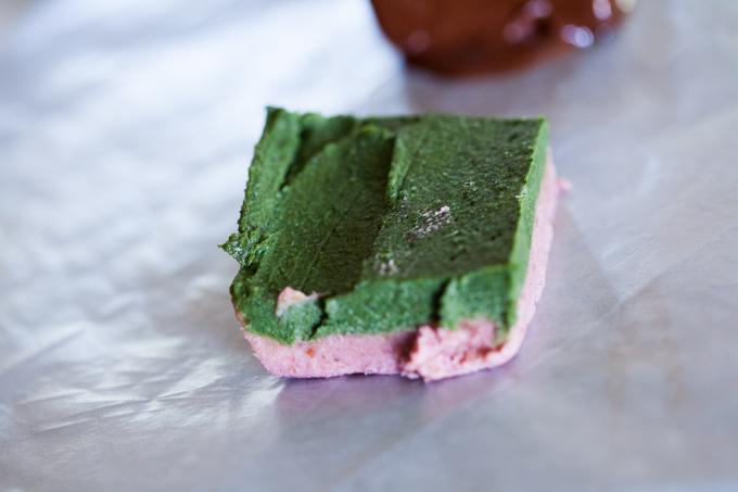 DELICIOUS raw vegan chocolate covered cheesecake bites | healthy + easy + gluten-free dessert recipe
