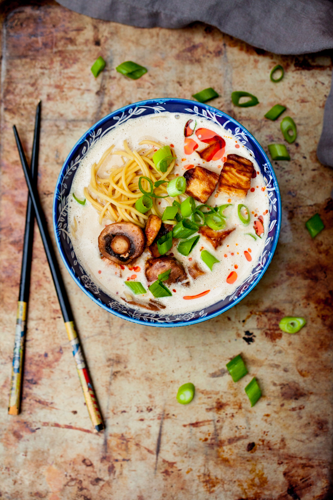 INCREDIBLE Vegan Ramen that's ready in just 30 minutes! Savory, rich, perfectly flavored   Easy gluten-free dinner recipe that's healthy and so delicious