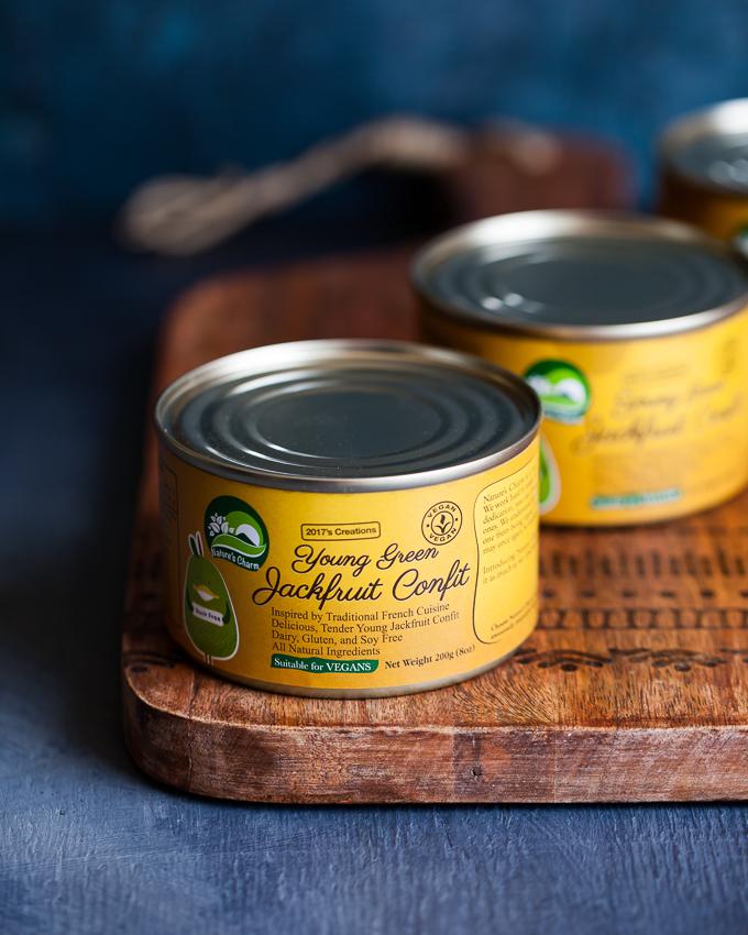Delicious Vegan Pasta Carbonara - creamy, simple, kid-friendly, gluten-free optional. Made with jackfruit confit!
