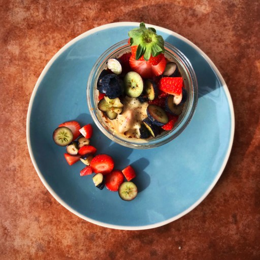 Blueberry & Almond Overnight Oats
