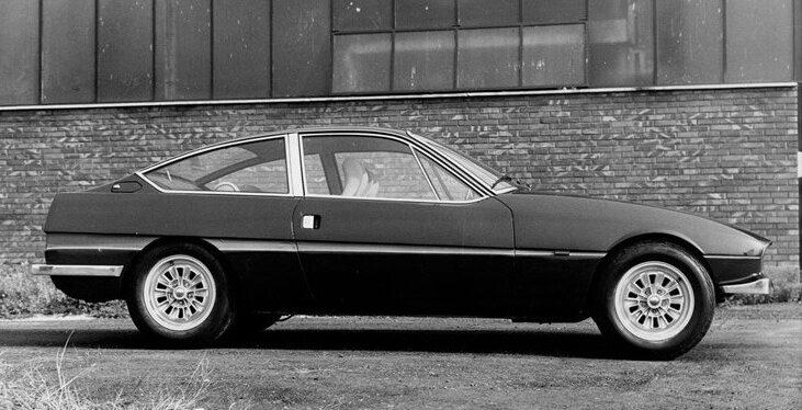 1969_Zagato_Volvo_GTZ_2000_01