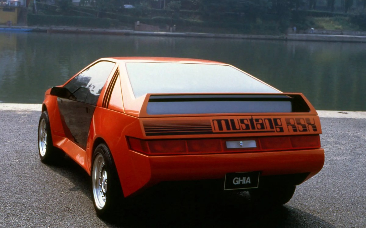 1980_Ghia_Ford_Mustang_RSX_09