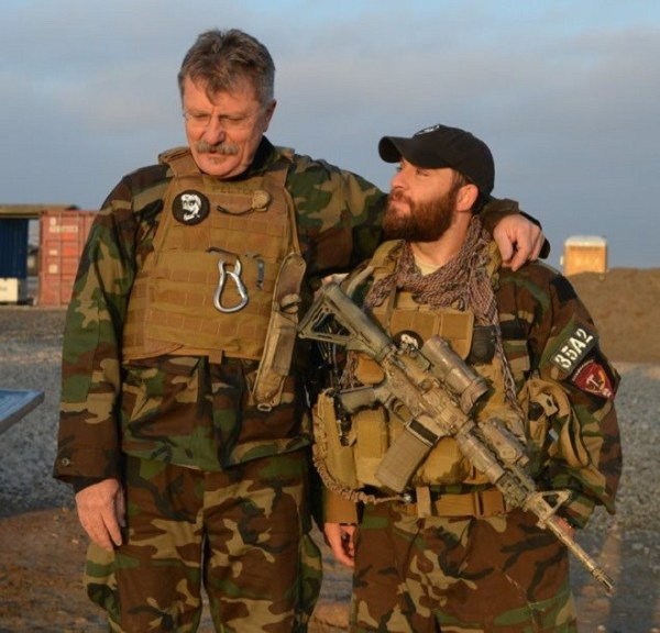 Specialist Carry :: War Journalist - Carryology ...
