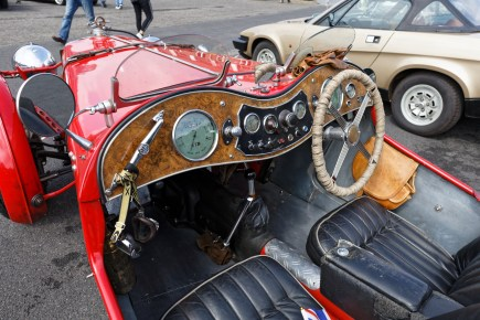 MG red TC0848 _IMG_4096_dxo_fhdr