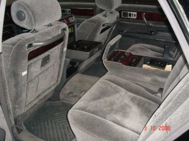 2002 Toyota Century Photos