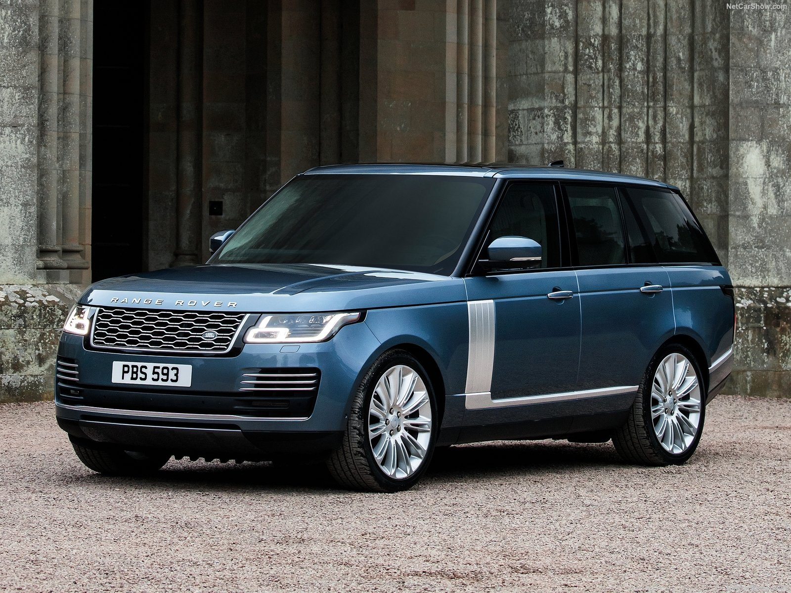 Land Rover Range Rover photos Gallery with 203 pics