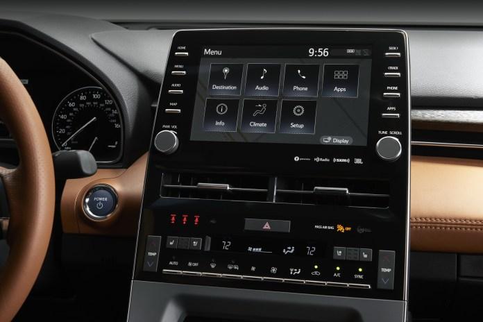 Toyota Avalon Entune 3.0