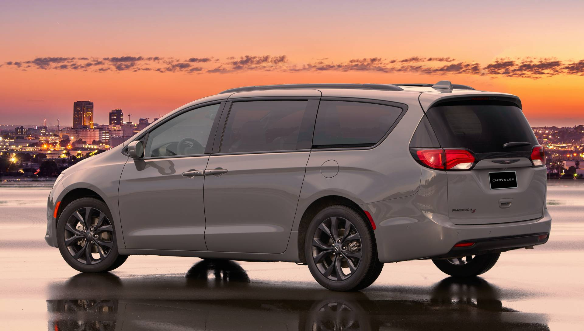 pimp your 2020 chrysler pacifica with