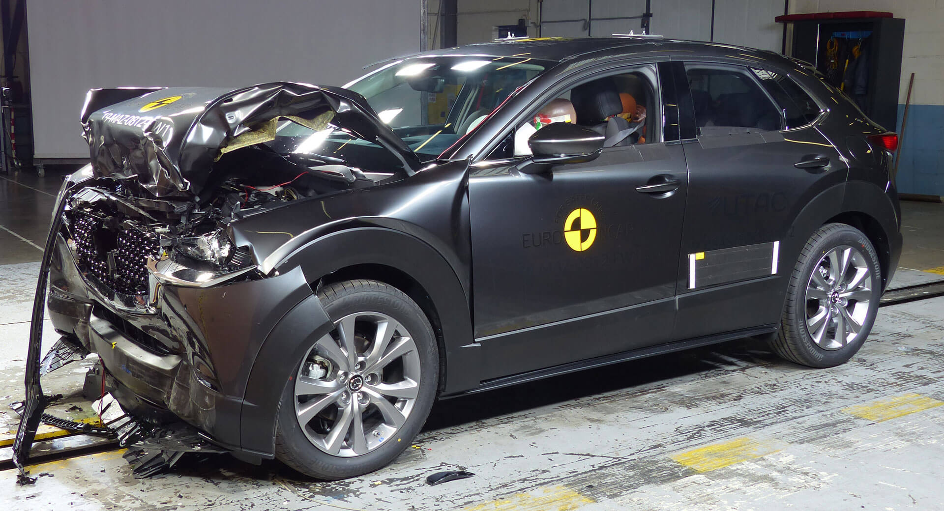 Mazda Cx 30 Excels In Euro Ncap Crash Tests New Opel