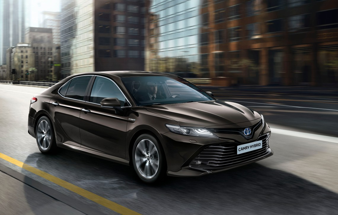 New Toyota Camry with Hybrid Engine Launches in the UK in 2019