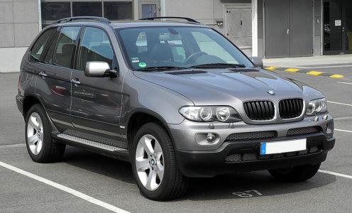 BMW X5 4.4i (E53)