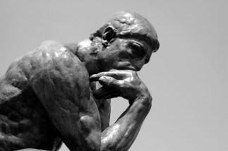 Statue-Thinker