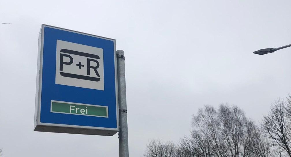 Rot-Grün vernichtet P+R Parkflächen image