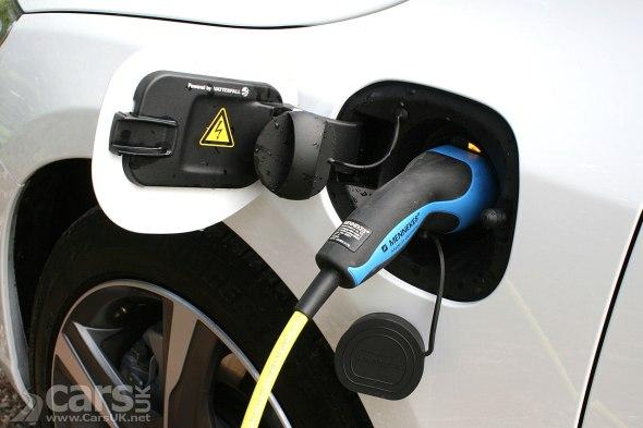 Photo Volvo V60 PHEV charging