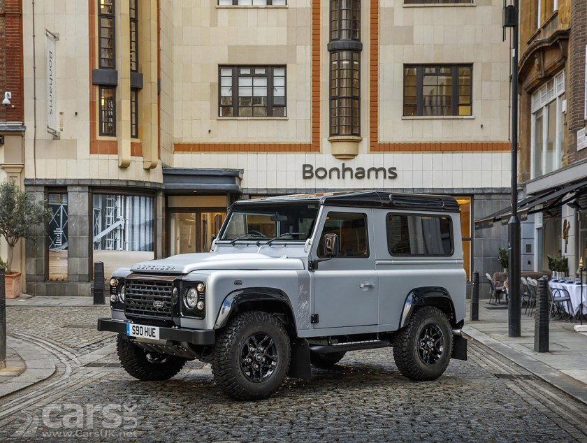 https://i1.wp.com/www.carsuk.net/wp-content/uploads/2015/12/Land-Rover-Defender-London-16.jpg?resize=840%2C634