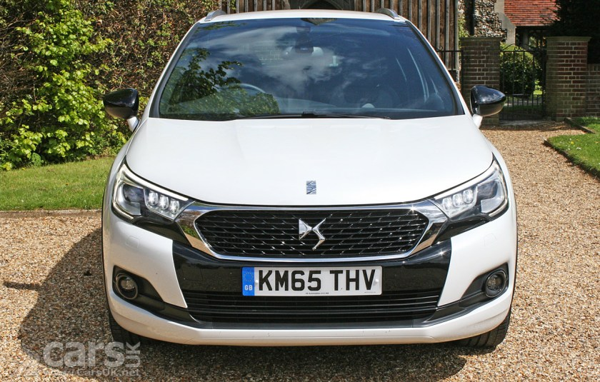Ds 4 Crossback Bluehdi 120 Review 2016 Cars Uk