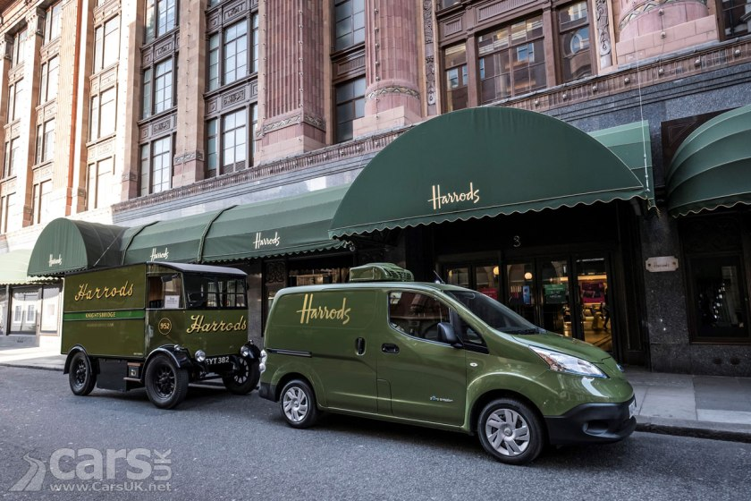 Photo Harrods Nissan e-NV200 electric delivery van and original 100 year old electric van