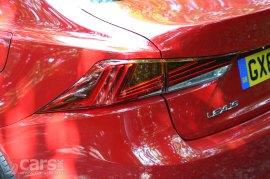2017 Lexus IS 300h Sport Review Photo